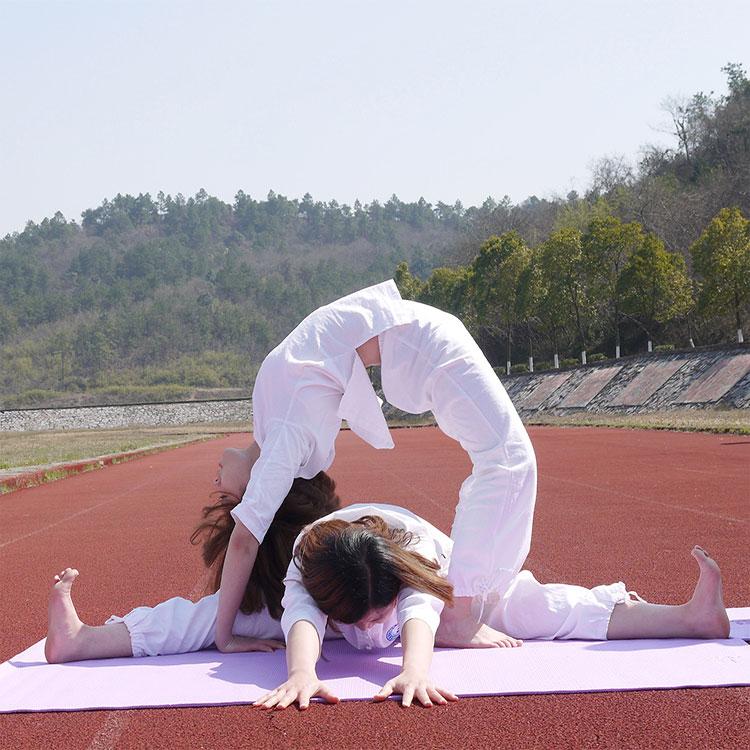 瑜伽学习班